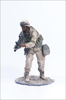 Big_military2_desertgrenadier_photo_04_dp
