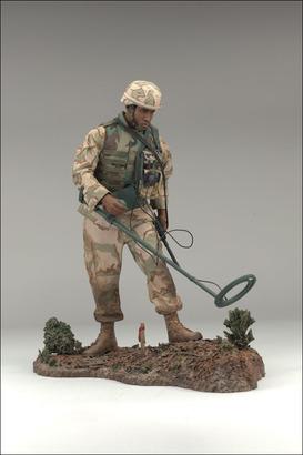 Big_military4_afce_photo_04_dp