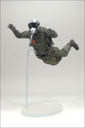 Big_military7_jumper_photo_01_dp